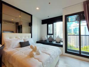 For RentCondoWitthayu,Ploenchit  ,Langsuan : Life one wireless condo for Rent