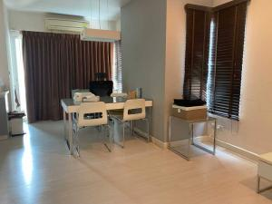 For SaleCondoRatchadapisek, Huaikwang, Suttisan : Condo for sale, The Room Ratchada Ladprao, size 60 sq m. Building C, 10th floor, 2 bedrooms, price 4.95 million baht, near MRT Ladprao, good location.