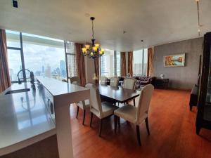 For RentCondoSathorn, Narathiwat : The Sukhothai Residence - close to bts Saladaeng 3 bedroom fully furnished