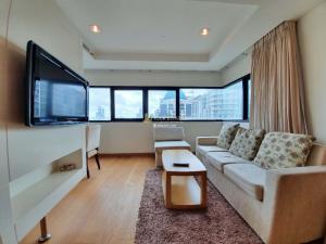 For RentCondoSathorn, Narathiwat : For Rent Satorn Garden - 1 Bedroom Luxury Condominium, Fully Furnished.