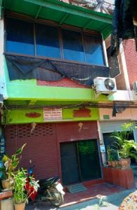 For SaleShophouseChiang Mai, Chiang Rai : Shophouse for sale, 3 floors, Muang District, Chiang Mai Province, area 16 square meters