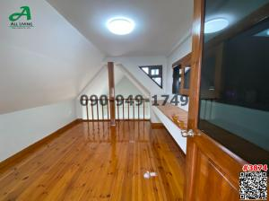 For SaleTownhouseYothinpattana,CDC : Sell townhome, town in town, place, market along the express. Well decorated parquet floor, beautiful decoration, lots of space