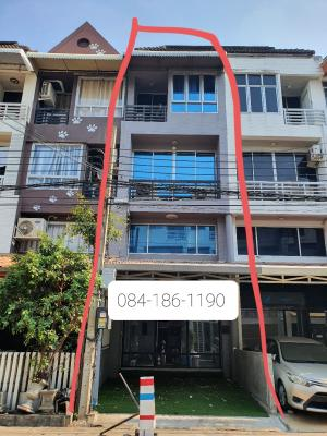 For RentHome OfficeRamkhamhaeng, Hua Mak : For rent, Home Office, Town in Town, 4 bedrooms, 4 bathrooms, 1 room, upstairs. Beautiful renovated.
