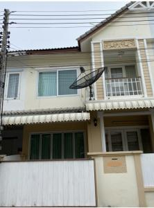 For SaleTownhouseRangsit, Patumtani : Townhouse for sale, 18 square meters, Baan Fah Piyarom Kiang Suan (sold by owner)