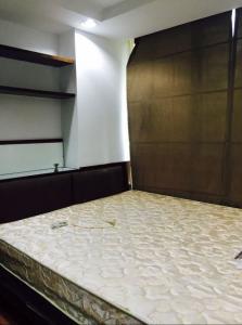 For SaleCondoRatchadapisek, Huaikwang, Suttisan : !! Beautiful room. Condo for sale The Kris Ratchada 17 (The Kris Ratchada 17) near MRT Sutthisan.