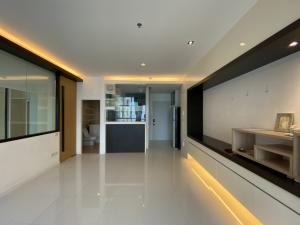 For SaleCondoPattanakan, Srinakarin : The Four wings Residence, high floor, special price 4,800,000