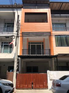 For RentTownhousePattanakan, Srinakarin : Krishana Private City Village for rent with new furniture + appliances