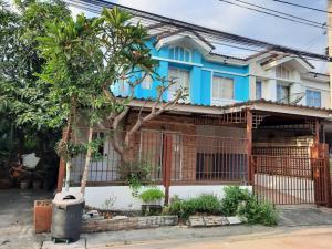 For SaleHouseLadkrabang, Suwannaphum Airport : 2 storey townhouse for sale, 25 sq m, behind the corner, beautiful decoration Ladkrabang Industrial Estate