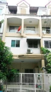 For RentTownhousePattanakan, Srinakarin : Townhome for rent, City Park Pattanakarn 38, size 19 sq m, usable area 240 sq m, 4 floors