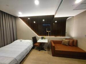For SaleCondoSiam Paragon ,Chulalongkorn,Samyan : Urgent sale, Ashton Chula-Silom, Studio room, fully furnished, high floor, beautiful decoration, price ready to transfer, all 6.35 million