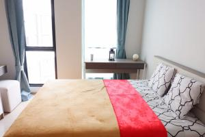 For RentCondoBangna, Lasalle, Bearing : For rent Unio Sukhuvit 72 beautiful room with washing machine. New appliances are ready.