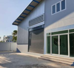 For RentWarehouseLadkrabang, Suwannaphum Airport : KO053 New warehouse for rent with office, size 71 sq m, Chalerm Phrakiat Road, Soi 6, Talu Srinakarin, convenient to travel, near Mega Bangna, rental fee 59,000 baht