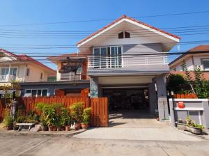For SaleHouseRamkhamhaeng,Min Buri, Romklao : 2-storey detached house for sale 56 sq m. Village Perfect Park Phase 1 Suvarnabhumi Soi Rom Klao Add more usable space Suitable for office and residence