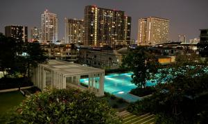 For SaleCondoPinklao, Charansanitwong : Condo for sale, The Parkland Charan - Pinklao, 1 bedroom, 30 sqm., Pool view