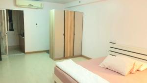 For RentCondoThaphra, Wutthakat : For rent Cityhome Tha Phra, 33 sq m, with washing machine 6,500 baht / month.