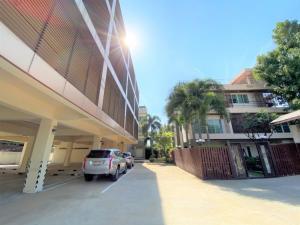 For SaleOfficeOnnut, Udomsuk : Urgent Sale office building with the house on Sukhumvit 101 – Punnawithi