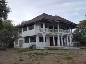 ขายบ้านสระบุรี : ขายที่ดินพร้อมบ้าน ติดถนน2ด้าน ทำเลดีมาก