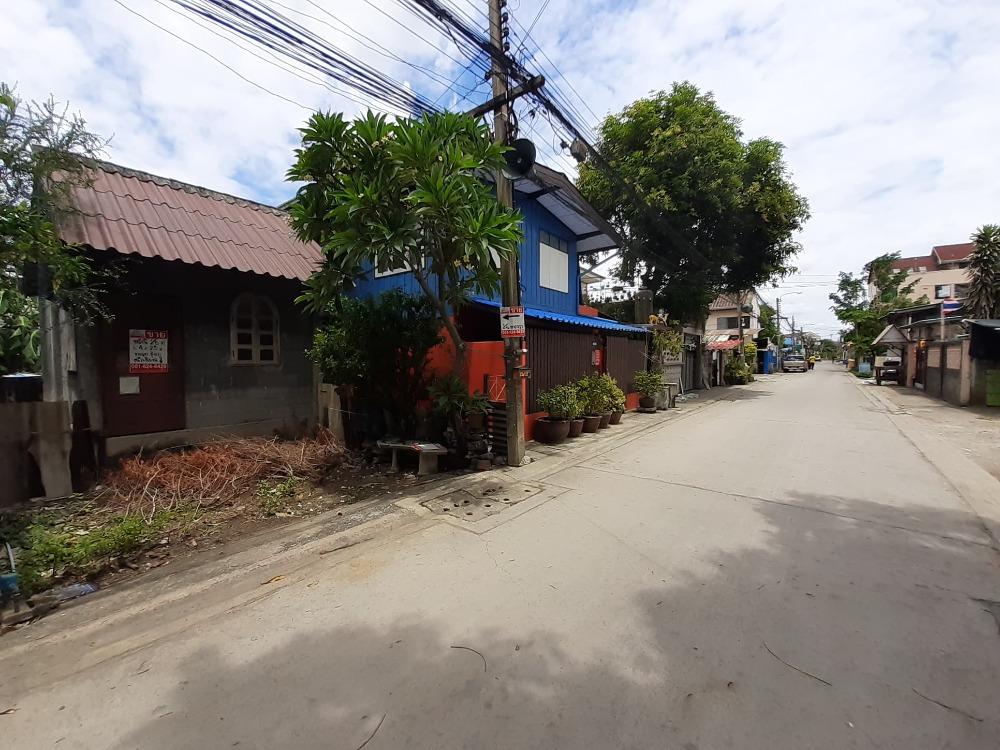 For SaleLandNawamin, Ramindra : Land for sale, good location, Soi Permsin 16 Klong, Sai Mai Road