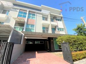 For SaleTownhouseOnnut, Udomsuk : Super Size Townhouse on Onnut-Srinakarin area for rent and sale