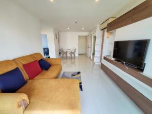 For RentCondoRama 8, Samsen, Ratchawat : 2 Bedroom 1 Bathroom for Rent Small price for Big Space