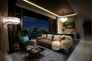 For SaleCondoSukhumvit, Asoke, Thonglor : Most Urgent Hot Deal !! 🔥 Vittorio 🔥2 Bedroom 141.67 Sq.m. Ultimate luxury condo on Sukhumvit 39 in the heart of Phrom Phong !! 🔥 Lay out beautiful, excellent location, only 49 million baht. most More than worth 💥 Contact: 089-221-4242💥