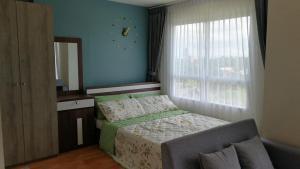 For RentCondoRattanathibet, Sanambinna : (For Rent) Lumpini Ville Phranangklao-Riverview Fully furnished.