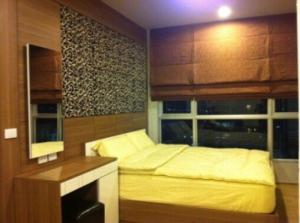For RentCondoWongwianyai, Charoennakor : !! Beautiful room for rent, Condo Hive Sathorn (Hive Sathorn), near BTS Krungthon