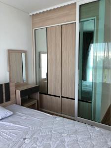 For RentCondoBangbuathong, Sainoi : Condo for rent, Iris Westgate Bangyai, large room