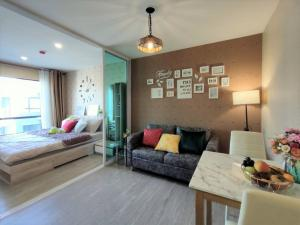 For RentCondoVipawadee, Don Mueang, Lak Si : Beautiful room for rent, D Condo Reach Phahon 52 Reach Phahon 52, common building, swimming pool, fitness