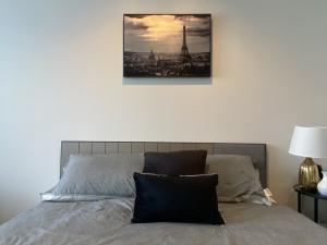 For RentCondoRama9, RCA, Petchaburi : For rent, Life Asoke Rama9, studio room, nice decoration, complete electrical appliances, ready to use 082-459-4297