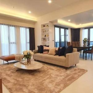 For SaleCondoSukhumvit, Asoke, Thonglor : Condo for sale and rent in the heart of Sukhumvit, private elevator, price lower than market Beautiful dressing room ready.