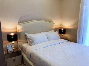 For RentCondoSukhumvit, Asoke, Thonglor : Luxury condo for rent next to MRT Sukhumvit. Ashton asoke.