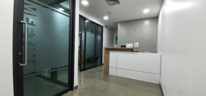 ขายคอนโดสาทร นราธิวาส : ขายสำนักงาน อาคาร ITF  ห้องมุม ทำเลดีใกล้รถไฟฟ้า BTS ช่องนนทรี Ref.A10210108