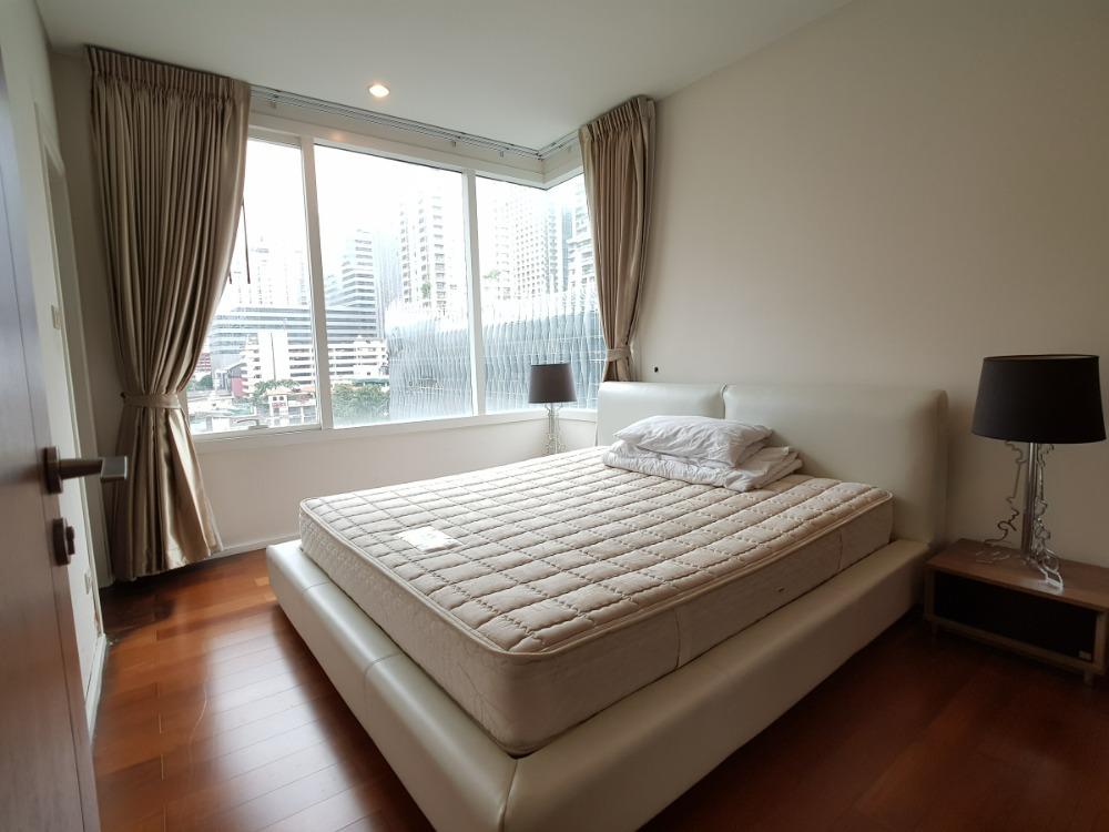 For RentCondoSukhumvit, Asoke, Thonglor : 1953 (AT) -A😊 For RENT 2 bedroom for rent 🚄 Near MRT Sukhumvit 🏢 Wind Sukhumvit 23 Wind Sukhumvit 23 Area: 78.63 sq.m. 💲 Rent: 50,000.- Baht 📞: 099-5919653✅LineID: @sureresidence
