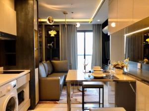 For RentCondoWitthayu,Ploenchit  ,Langsuan : 🔥 New condo for rent, located on Wireless Road, 2 bedrooms, beautiful decoration, ready to move in, great price 🔥