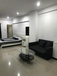 For RentCondoAri,Anusaowaree : For rent Condo Aree Place Phahonyothin (Aree Place Phaholyothin) Price 15,000