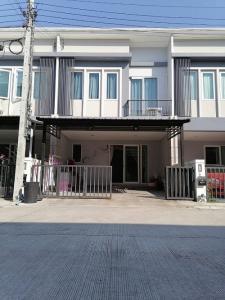 For SaleTownhouseBangbuathong, Sainoi : Townhouse for sale, 21.4 square meters, 2 floors, Chuan Chuen Town, Bang Yai, Kanchana, ready to live, you Mary 081-4243141