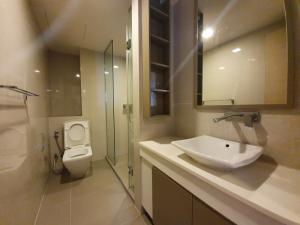 For RentCondoSukhumvit, Asoke, Thonglor : 1969 (AT) -A😊 For RENT 2 bedroom for rent 🚄 near BTS Thonglor 🏢 Liv @ 49 / LIV @ 49 🔔 Area: 79.29 sq m. Rent: 60,000.- baht 📞099-5919653✅LineID : @sureresidence
