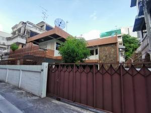 For RentHouseSathorn, Narathiwat : Single House for Rent 71 sqw soi Sathorn 15 (St Louise 1)