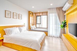 For RentCondoWitthayu,Ploenchit  ,Langsuan : 2101-A😊 For RENT 1 bedroom for rent 🚄 near BTS Ploenchit 🏢 Life One Wireless Life One Wireless🔔 Area: 28.00 sq.m. 💲 Rent: 17,000.- baht 📞099-5919653✅LineID: @sureresidence
