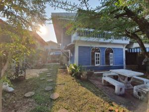 เช่าบ้านพระราม 9 เพชรบุรีตัดใหม่ : ให้เช่าบ้านเดี่ยว พระราม9 62 หมู่บ้านเสรี8 ซอย11 มีสวนหน้าบ้าน เหมาะทำ home office