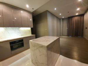 For RentCondoSukhumvit, Asoke, Thonglor : 1986 (AT) -A😊 For RENT 2 bedroom for rent 🚄 Near BTS Asoke 🏢 The Esse Asoke The Esse Asoke🔔 Area: 76.85 sq m. Rent: 80,000.- Baht 📞099-5919653✅LineID: @ sureresidence