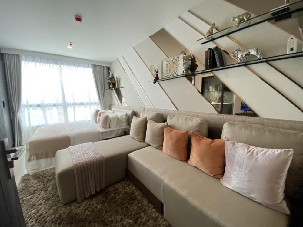 For SaleCondoOnnut, Udomsuk : Urgent sale, fixed room, down payment elio delnest 2.09 million, free transfer fee, free furniture, whole room