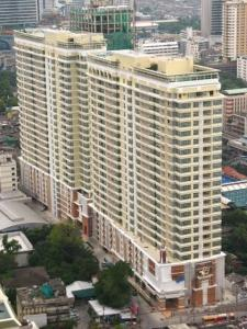 For SaleCondoRatchathewi,Phayathai : For sale, 2 bedrooms, 84 sqm, 13x, xxx baht, ready to move in, the house in the middle of Krung Siam, high floor, good view, no block Ready to move in The price is almost 2 million lower than the market !!!! Quality determines the price Slowly eliminated.