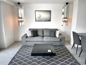 For RentCondoOnnut, Udomsuk : # Sale & RentCondoWaterfordSukhumvit50 # Condo for sale / rent Waterford Sukhumvit 50.