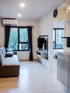 เช่าคอนโดเชียงใหม่ : ให้เช่า เอสเซ็นท์ พาร์ค วิลล์ เชียงใหม่ Escent Park Ville Chiangmai ชั้น 3 , 32 ตรม. 1 ห้องนอน เซ็นทรัลเฟสติวัล 12,000 บาทต่อเดือน