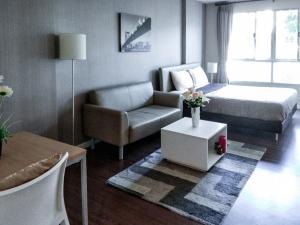 For RentCondoChiang Mai, Chiang Rai : D Condo Campus Resort Chiangmai 30 Sqm 3 Floor Condo for Rent 7,500 Baht/month