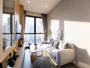For RentCondoSukhumvit, Asoke, Thonglor : TG9-0146 Urgent for rent, Ashton Asoke, beautiful room, ready to move in.