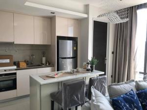 เช่าคอนโดสาทร นราธิวาส : For Rent!!   ลดประชดโควิด ราคาถูกที่สุด คอนโดใหม่สุดหรู ห้องใหม่ แต่งครบพร้อมเข้าอยู่