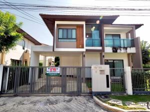 For SaleHouseNawamin, Ramindra : 2-storey detached house for sale, 70 square wa. Burasiri Phaholyothin, Saimai, 3 bedrooms, 3 bathrooms, luxury decoration, complete with built-in furniture